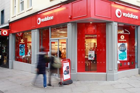 英國上網 UK Vodafone 店面(photo by www.eurocomms.com)